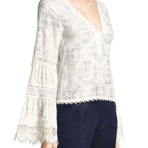 NWT Nanette Lepore Ivory Tapas Bell Sleeve Blouse